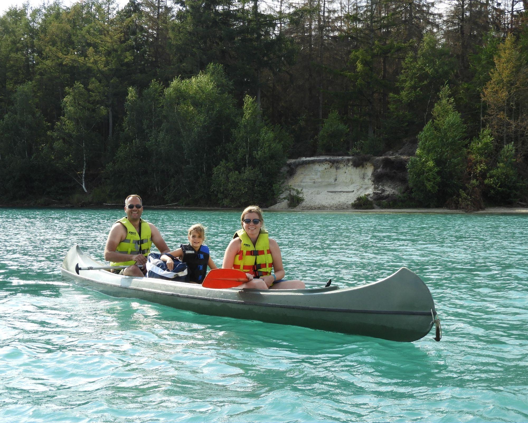 Rent canoe